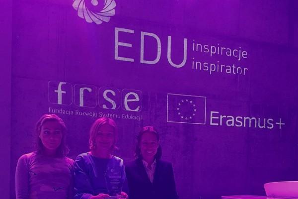 EDU Ins_06